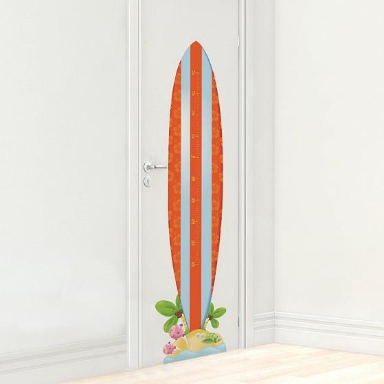 Acompanhando o crescimento do filho com uma prancha de surfe