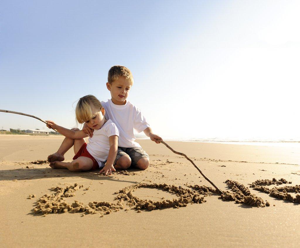 Irmãos na praia